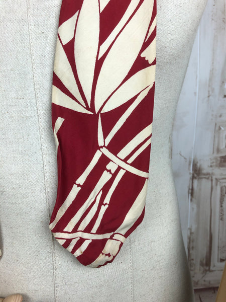 Vintage 1940s 40s Red And Cream Swing Tie