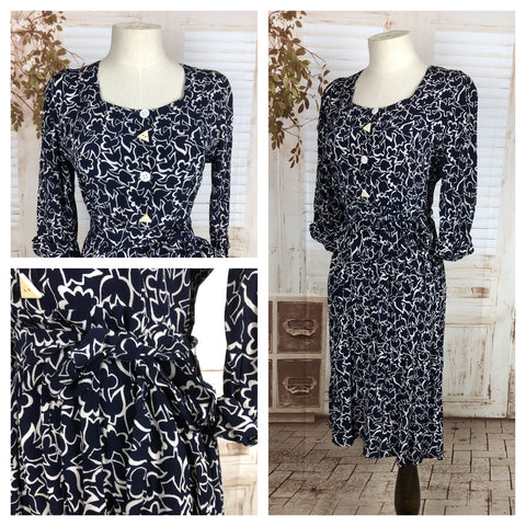 Original 1940s 40s Vintage Navy Blue And White Flower Novelty Print Rayon Day Dress