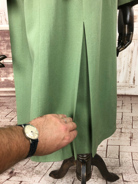 Original 1940s 40s Vintage Spring Green Wool Gabardine Gab Skirt Suit By Lyonne