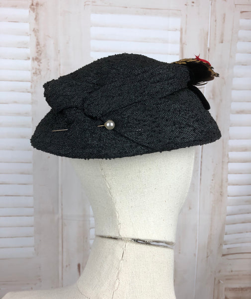 Original 1950s 50s Vintage Black Straw New Look Hat with Feathers