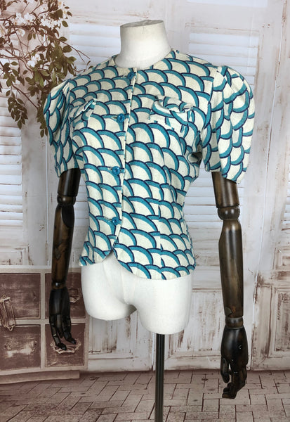Incredible Original 1930s 30s vintage Blouse with Geometric Scallop Print And Huge Puff Sleeves