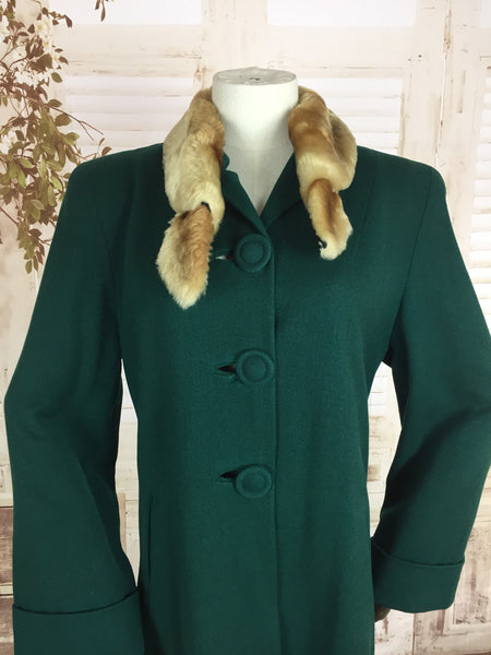 Original 1940s 40s Vintage Emerald Green Wool Coat With Faux Fur Collar With Panelled Back