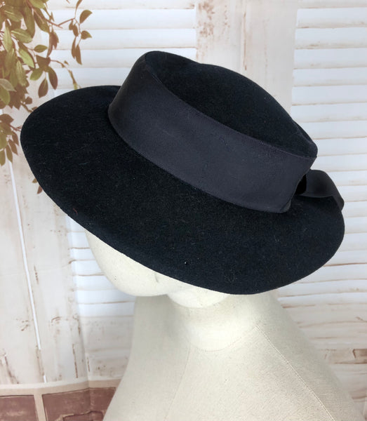 Original Late 1930s 30s / Early 1940s 40s Navy Blue Brimmed Hat