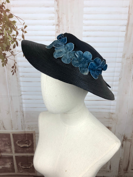 Original 1930s 30s Vintage Navy Blue Straw Wide Brimmed Hat With Velvet Flowers