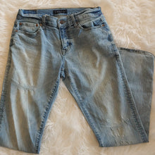 Load image into Gallery viewer, Aeropostale Jeans // Size 28