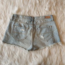 Load image into Gallery viewer, BP Shorts // Size 9/10