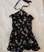 Load image into Gallery viewer, Aeropostale Romper // Size Small