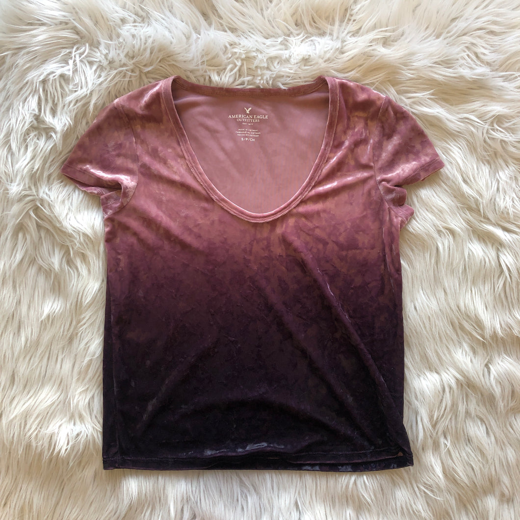 American Eagle Short Sleeve // Size Small
