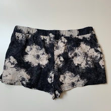 Load image into Gallery viewer, Free People Shorts // Size Medium