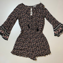 Load image into Gallery viewer, American Eagle Romper // Size Small