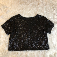 Load image into Gallery viewer, Victoria's Secret Short Sleeve // Size Medium
