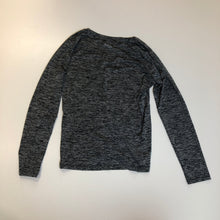 Load image into Gallery viewer, Under Armour Long Sleeve // Size Medium