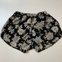 Load image into Gallery viewer, Brandy Melville Shorts // Size Extra Small