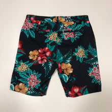 Load image into Gallery viewer, Jackson Shorts // Size 34