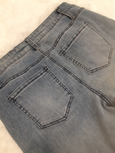 Load image into Gallery viewer, Tinseltown Denim Size 9/10 (30)
