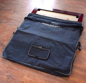 Carrom Board Carrying Case - Black & White - Carrom Canada