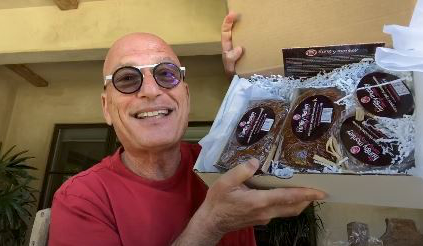 Howie Mandel Loves Hungry Monkey Baking on Talkshop.live