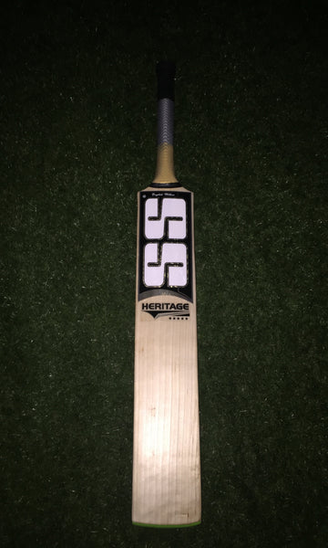 SS Heritage Cricket Bat (Jnr)