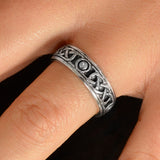 Solid Knot Eternity Band
