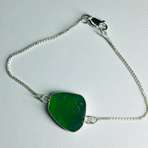 Bezel Set Sea Glass and Box Chain Bracelet