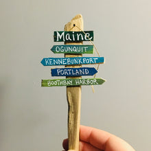 Load image into Gallery viewer, Wooden Maine Sign Ornament