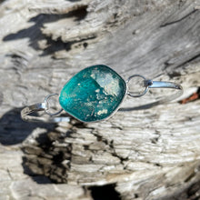 Load image into Gallery viewer, Sterling Silver Bezel Set Ancient Roman Glass Hinged Bangle Bracelet