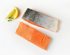 Salmon Fillets Portions Skin On 200gm 25 pieces Norwegian (110422)