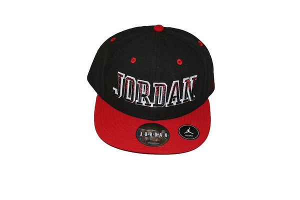 Boys Jordan snap back hat
