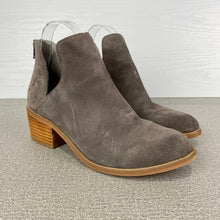 Load image into Gallery viewer, Steve Madden Lancaster Taupe Suede Booties Size 7