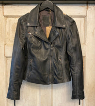 Load image into Gallery viewer, Mauritius Black Star Leather Jacket
