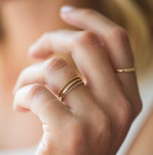 Load image into Gallery viewer, Christina Kober 14k Gold Chain Ring