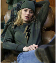 Load image into Gallery viewer, Unsweetened New York Jagged Army Sweatshirt