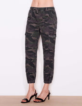 Load image into Gallery viewer, Sundry Camo Jogger Pants