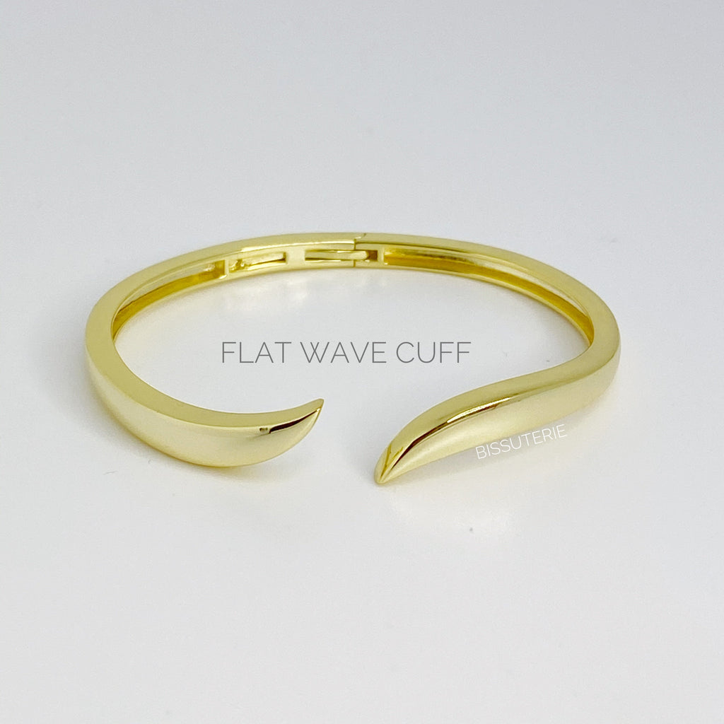 Wave Plain Bangle