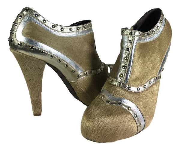 ROCIA ILDEMARO Tan Pony Hair with Silver and Gold Leather Metallic Shoe