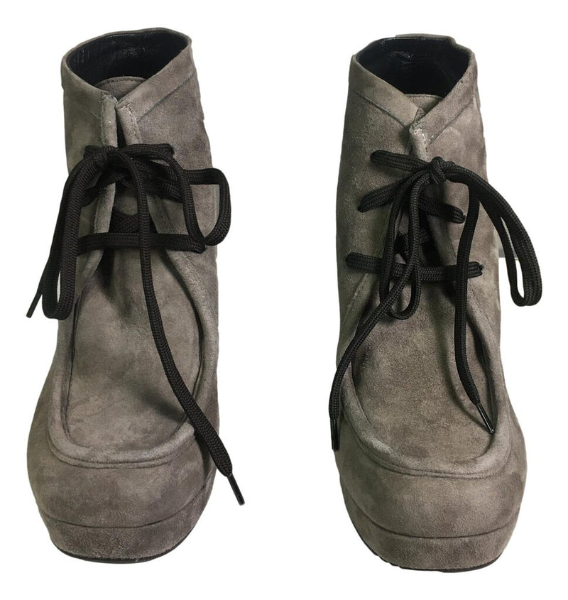 AMANDA GREGORY Grey Suede Lace-up Ankle Bootie Shoe Size 37