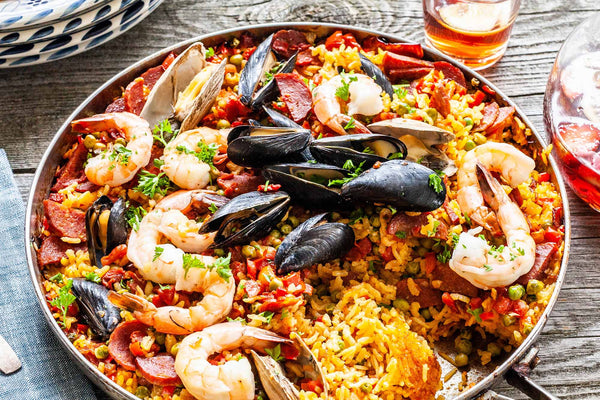 https://www.simplyrecipes.com/recipes/seafood_paella_on_the_grill/
