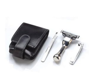 Man's Accessories: Travel kit with trim, razor, tweezers and Travel budger brush