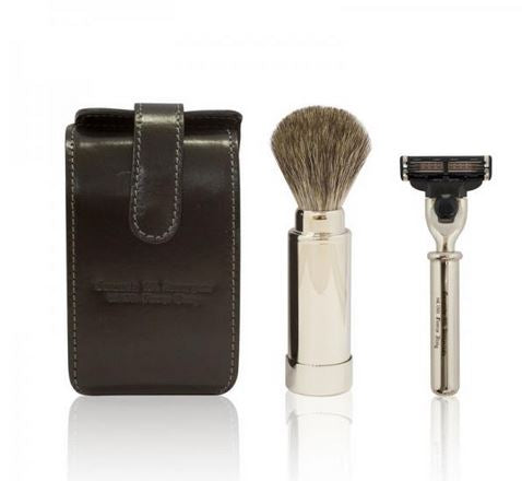 Man's Accessories: Travel kit brush and razor and Beard Wax