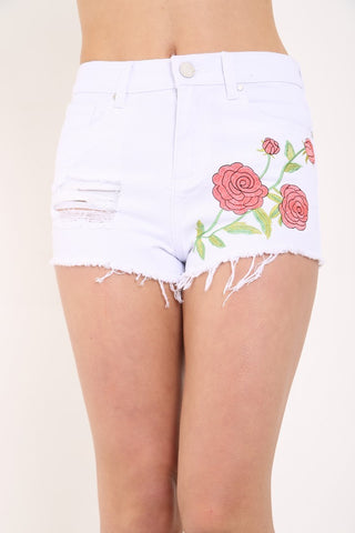 FLORAL WHITE EMBROIDERED DENIM SHORTS