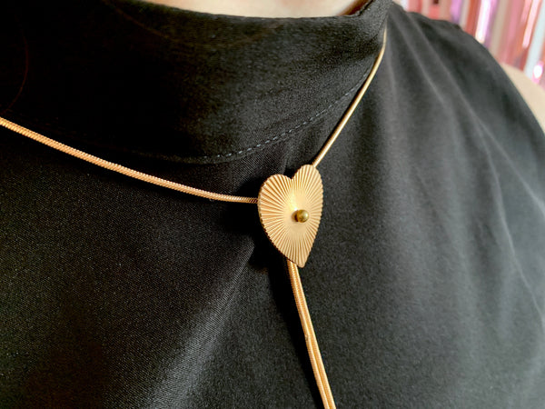 Ridged heart pendant of bolo tie necklace