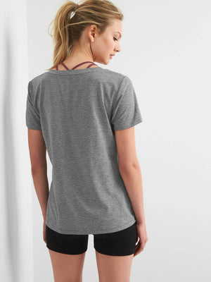 GapFit Breathe V-Neck T-Shirt - Dippla.Shop