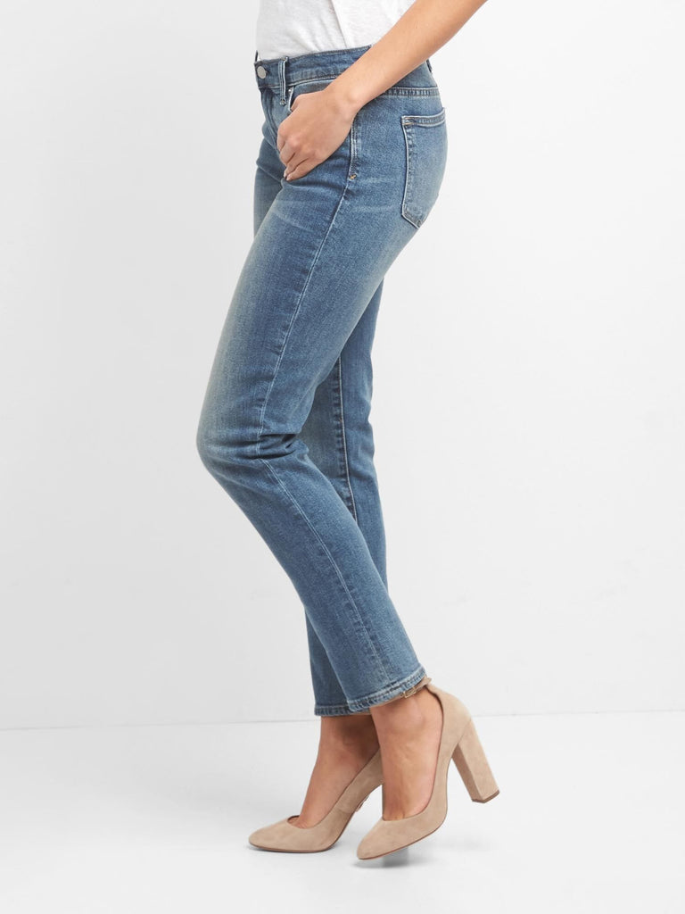 Gap Mid Rise Real Straight Jeans - Dippla.Shop