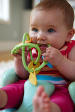 Load image into Gallery viewer, Green Toys- Twist Teether