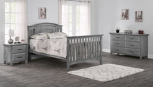 Load image into Gallery viewer, Willowbrook Convertible Crib