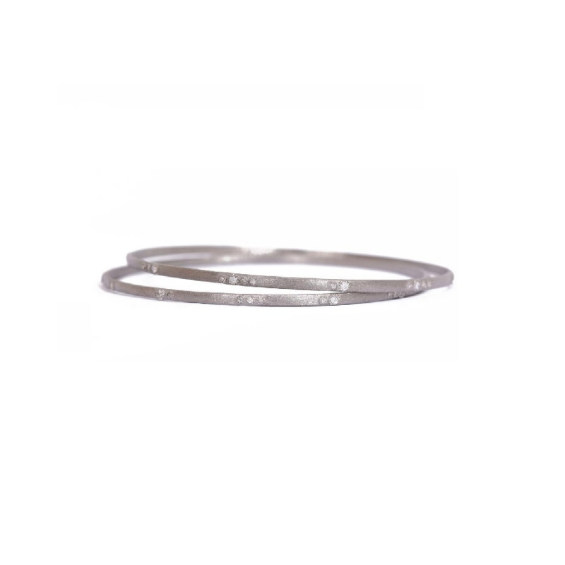 New World Silver Scattered Diamond Bangle