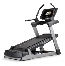 Load image into Gallery viewer, Freemotion Reflex i11.9 Incline Trainer iFit Live