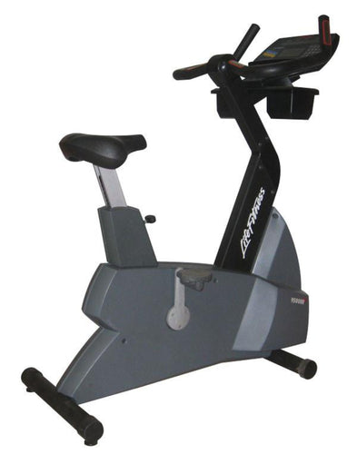 Life Fitness 9500HR Upright Bike Next Generation