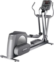 Load image into Gallery viewer, Life Fitness 95Xi Cross Trainer Elliptical