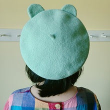 Load image into Gallery viewer, Frog Beret